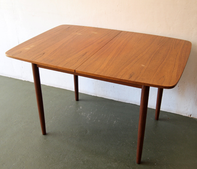 Elegant G Plan Small DINING TABLE